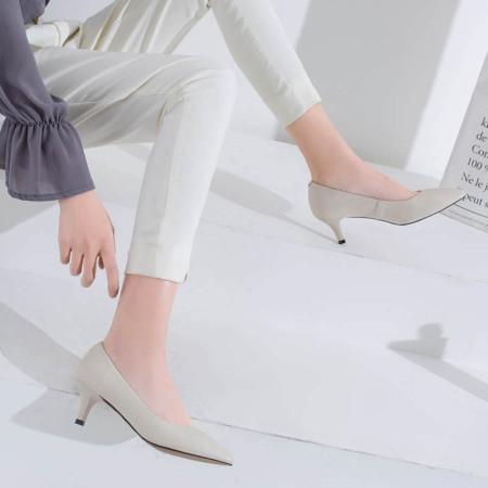 奈绮儿Naiyee 牛皮低跟浅口低跟单鞋女鞋·MMLR-M185米白色