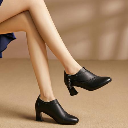 Garthphil深口高跟鞋真皮女鞋粗跟女单鞋l7811·黑色