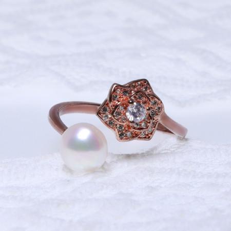 缔梵珠宝天然淡水珍珠抱款戒·玫瑰金色