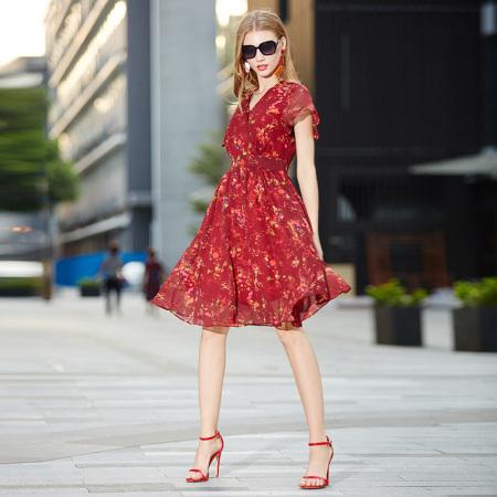 OLISI欧力丝女装新款女装复古风小碎花V领短袖印花长款连衣裙红多色·红多色