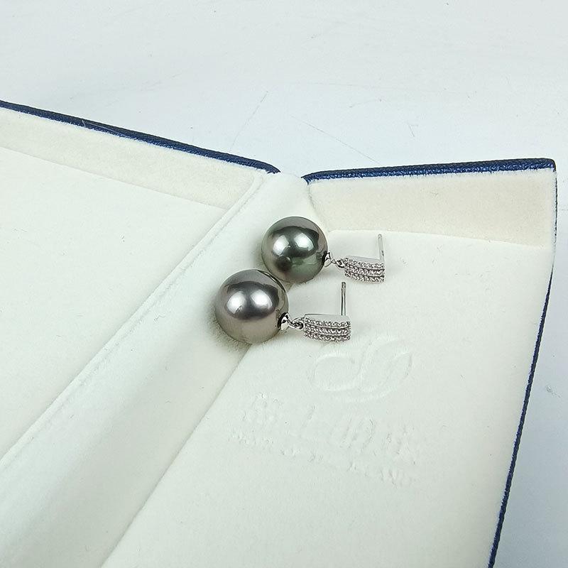 岛上明珠 大溪地海水强光灰绿黑珍珠18k金耳钉时尚干练款11-12mm·灰绿