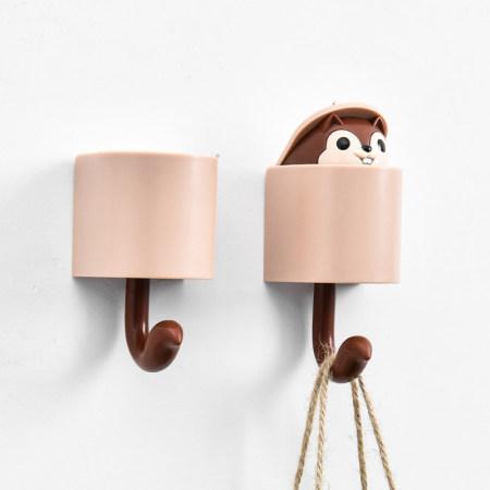 小松鼠玄关装饰免打孔挂钩5个装·咖啡色