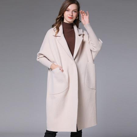 2019冬季瑅艾中长款大码女式水貂绒宽松翻领加厚大衣外套(四色可选)·米色