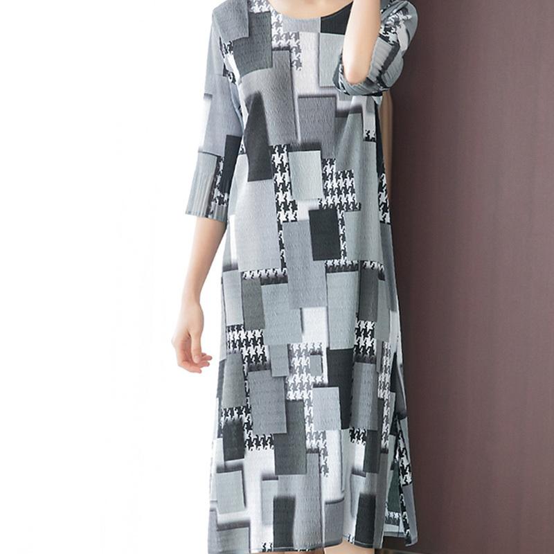 迪欧达女士新款压褶印花气质大码时尚连衣裙·灰格