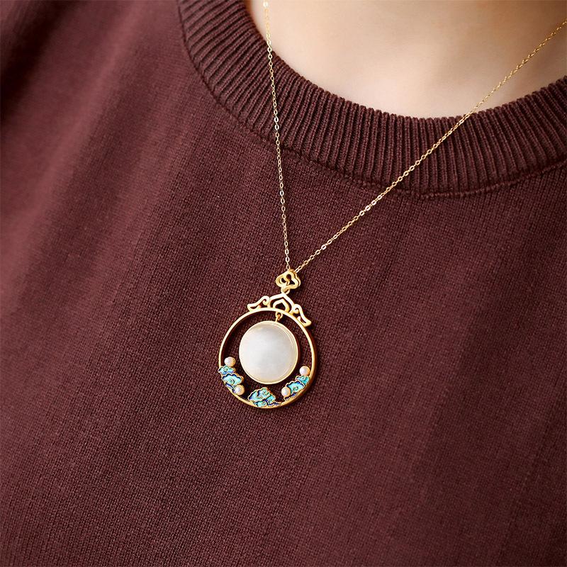 觅玉缘925银镶嵌和田玉烧蓝工艺淡水珠点缀复古优雅气质吊坠项链