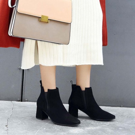 Naiyee奈绮儿 牛反绒方头粗跟高跟简约时尚切尔西靴短靴女鞋子·YMH-C123黑色